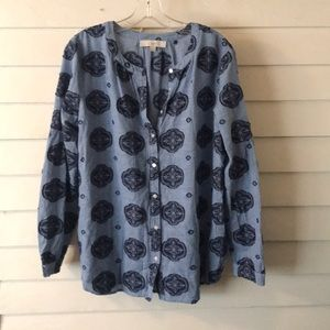 LOFT Blue Chambray patterned button down large